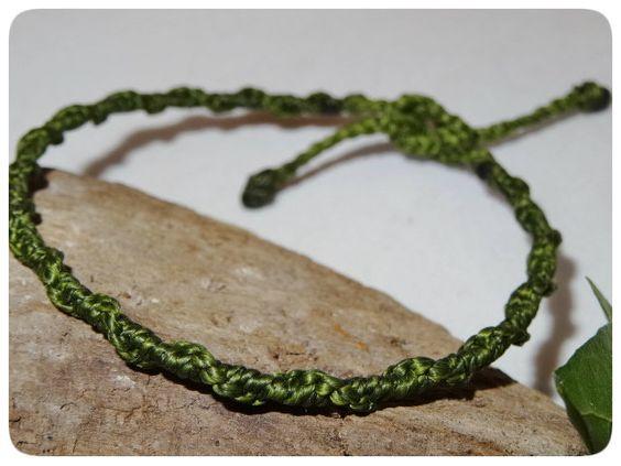Armband Spirale ☼ grün ☼ Freundschaftsband von Sunnseitn Kunsthandwerk auf DaWanda.com