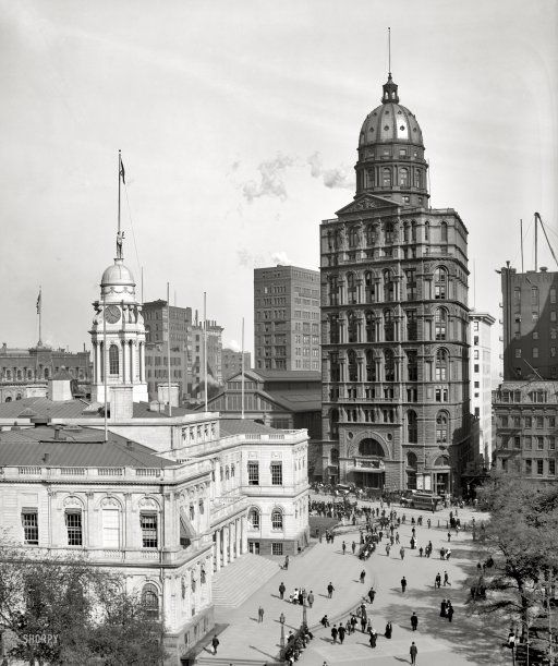 """Circa 1905. """"City Hall and New York World building."""" 8x10 inch dry plate glass negative, Detroit Publishing Company."""