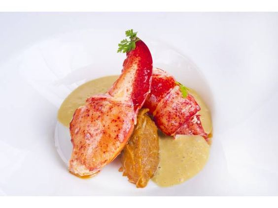 Lobster roasted with cream of shellfish at Álbora Bar & Restaurant, Madrid, Spain