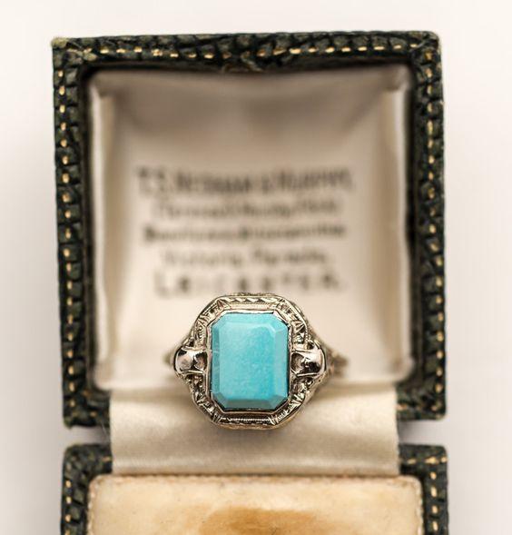 1920s Deco Turquoise 14K White Gold Filigree Ring