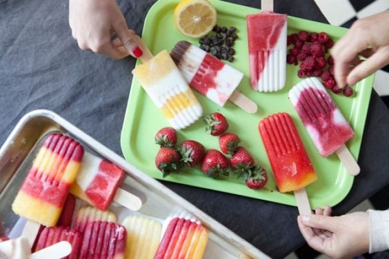 Mix 'n' match popsicles for the weekend http://homemakermagazine.co.uk/mix-n-match-popsicles-for-the-weekend