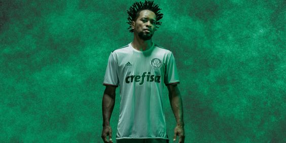 Veja fotos da nova camisa palmeirense - Gazeta Esportiva