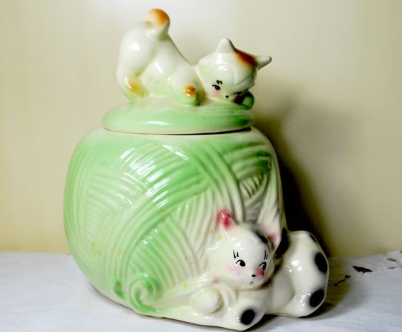 American Bisque Cookie Jar , Kittens and Yarn Ball , 1950  by Dupasseaupresent on Etsy https://www.etsy.com/listing/466197880/american-bisque-cookie-jar-kittens-and