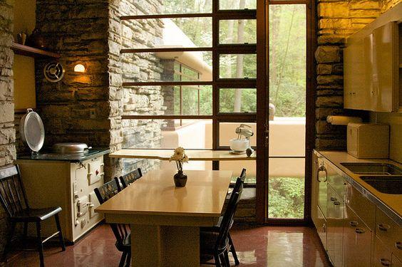 Kitchen fallingwater frank lloyd wright architecture for Frank lloyd wright kitchen ideas