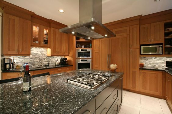 Traditional kitchen with large island.