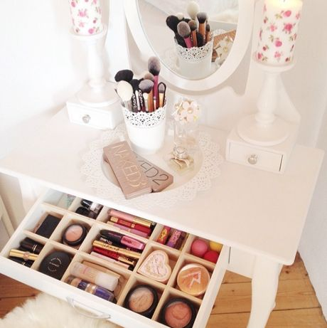 De bien jolis rangements maquillage sur instagram - Comment ranger sa coiffeuse ...