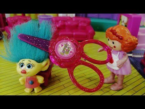 لولو قصت شعر سنفور قصص اطفال عائلة عمر العاب اطفال Kids Toys Youtube