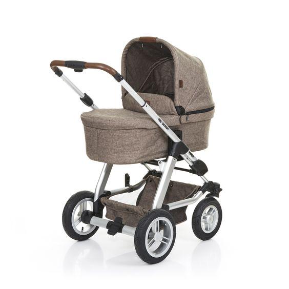 Der Kinderwagen Viper 4 ist vielseitig, robust und für Ausflüge ins Freie gemacht | Viper 4 pram is versatile, robust and just made for outings in the open