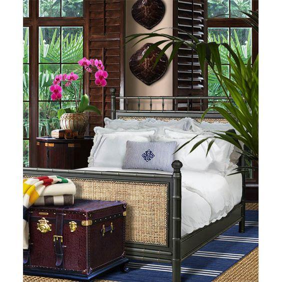 lit colonial pour une chambre de style exotique exotic
