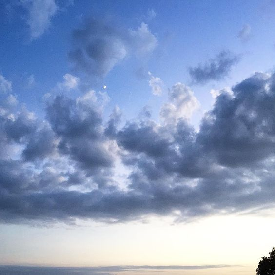 """Amazing cloudy sky tonight and a tiny fingernail moon, magical and lovely  #nightsky #moon #clouds #malibu #gratitude"""