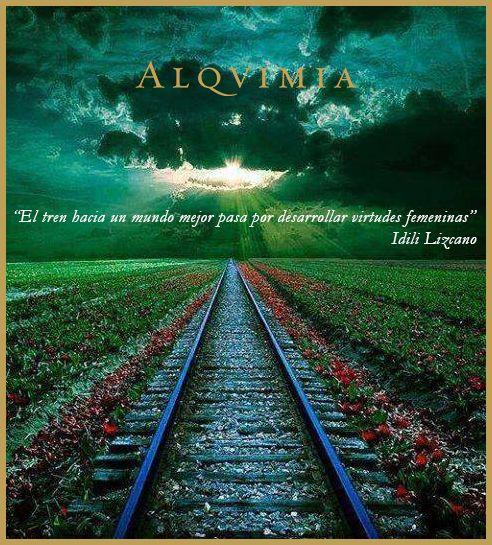 """""""El tren hacia un mundo mejor pasa por desarrollar virtudes femeninas."""" - Idili Lizcano."""