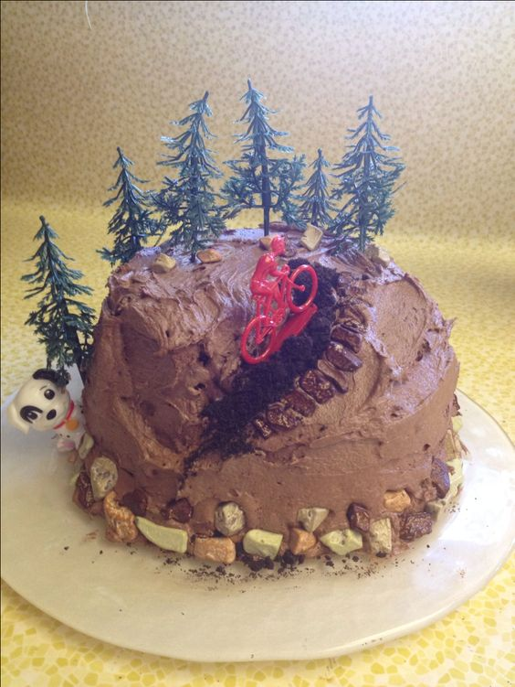 Mountain bike cake I made for my bf's birthday!