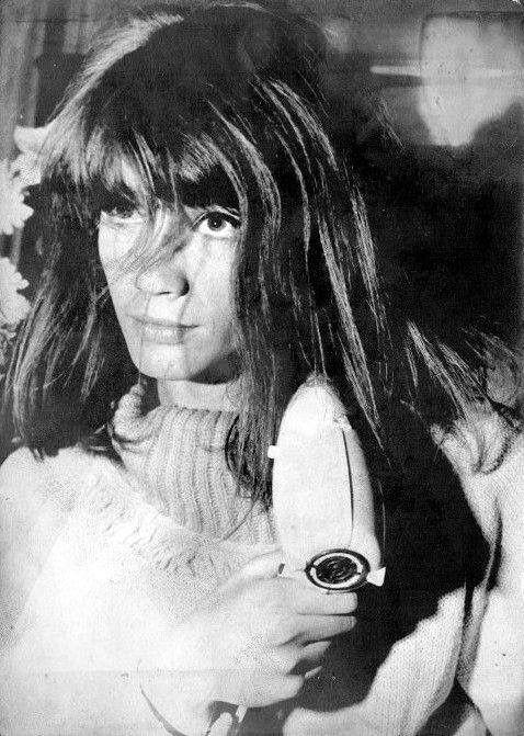 Pin van Lady Vintage op Françoise Hardy Zwart wit en Zwart