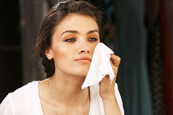 How to Remove Makeup — The Naturally Chic Blog