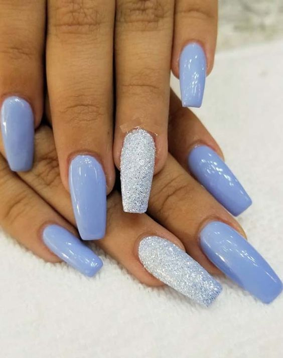 56 Must Try Trendy And Gorgeous Light Blue Sky Blue Nails Designs In Fall And Winter Nail Idea 10 Blue Glitter Nails Glitter Nail Art Nail Designs Glitter