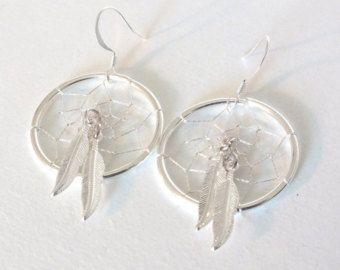 Gemelo de la pluma del nativo americano inspiró los pendientes de Dreamcatcher
