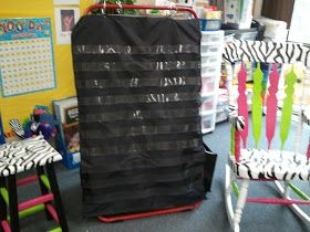 The Very Busy First Graders: DIY Black Pocket Chart