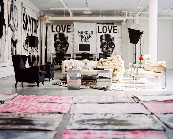 New york loft painted canvas and loft on pinterest for Edgy living room ideas