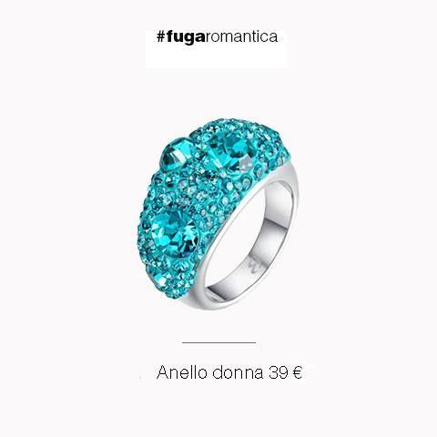 Anello in metallo con resina e cristalli verde acqua Luca Barra Gioielli. #anello #donna #metallo #lucabarragioielli #mood #musthave