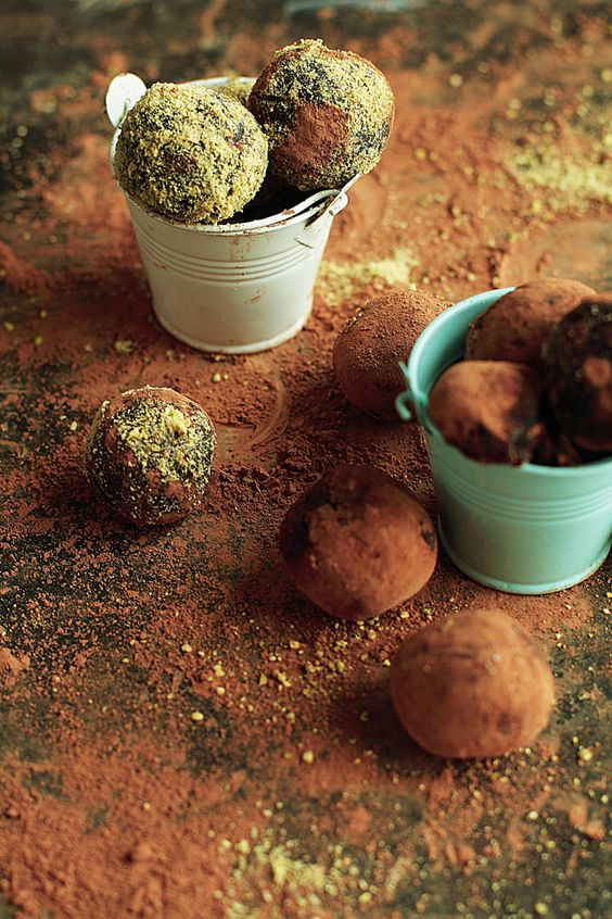 Cinnamon Almond Butter Date Truffles - Foodie Loves Fitness