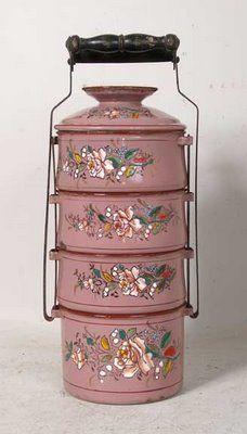 European Enamelware Pink Tiffin