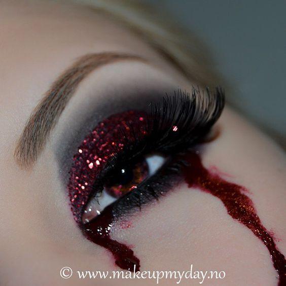 bloody vampire eye makeup: so freaking cool!