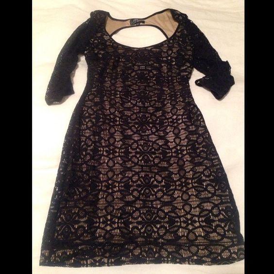 Lace Dress 3/4 sleeve lace dress with key hole back Guess Dresses Mini