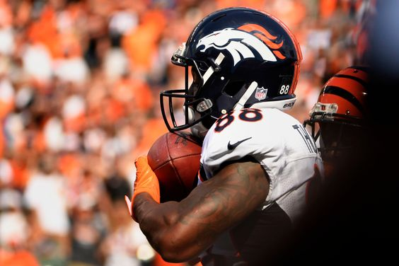 Wide receiver Demaryius Thomas #88 of the Denver Broncos pulls in a TD pass against the Cincinnati Bengals at Paul Brown stadium Cincinnati, OH September 25, 2016. Joe Amon, The Denver Post