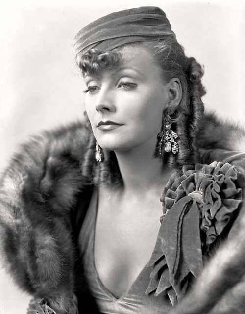 Greta Garbo - photo by George Hurrell, 1930