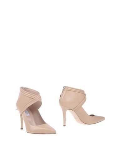 ALTUZARRA Ankle Boot. #altuzarra #shoes #ankle boot