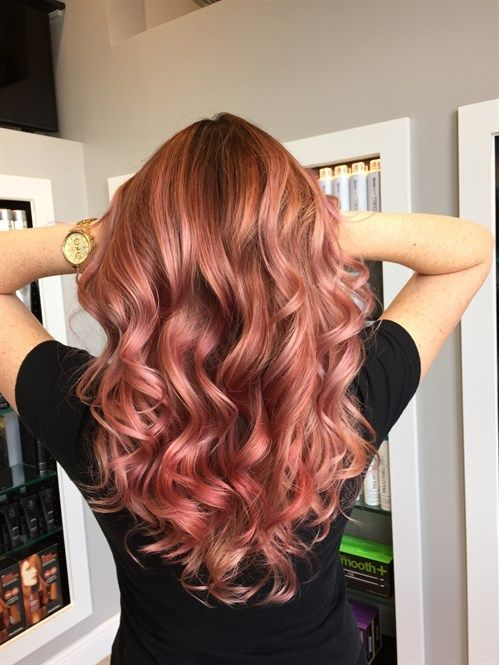Rose Gold Hair, I'm really digging this. Good medium when torn between staying blonde and going red!