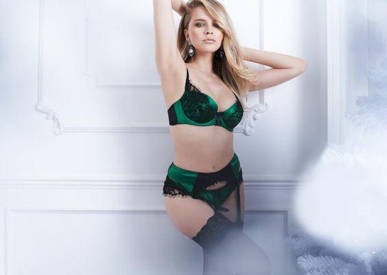 figleaves boudoir Tease set www.figleaves.com #lingerie #christmas