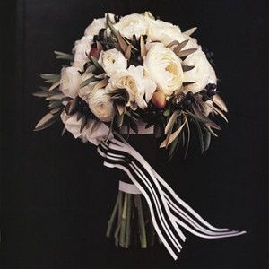 Beautiful White and Black Wedding Flowers | The Wedding Specialists