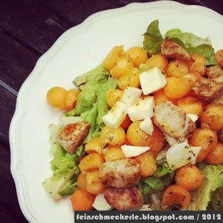 Melonensalat mit Mozzarella und Hähnchen