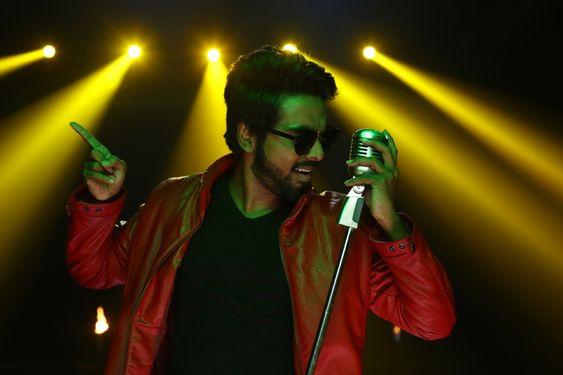 Director Pandiraj high on praises of director Vijay's 'Watchman'