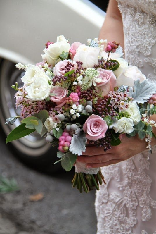 Bouquets St Anne And Flower Designs On Pinterest