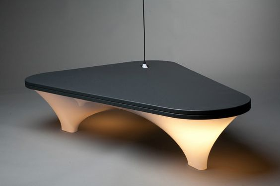 Static Plastic Table by Han Koning