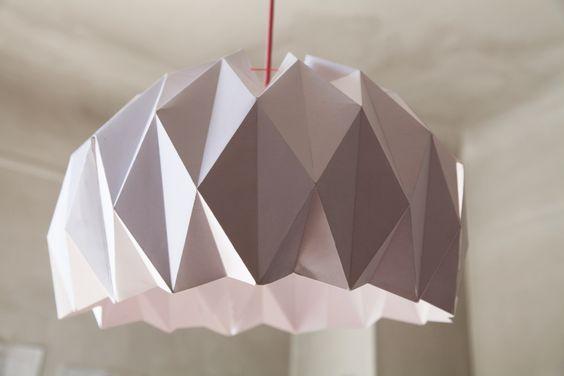 La découverte du jour : l'abat jour ou suspension en origami. Je suis ultra fan !!!!