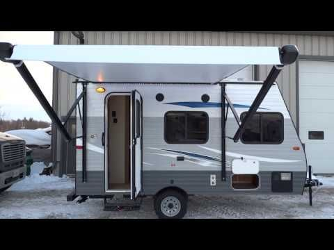 Incredibly Light Weight Single Axle 14 Foot Travel Trailer With Power Awning A C 16 000 Btu Furnace To Travel Trailer Gas And Electric Recreational Vehicles