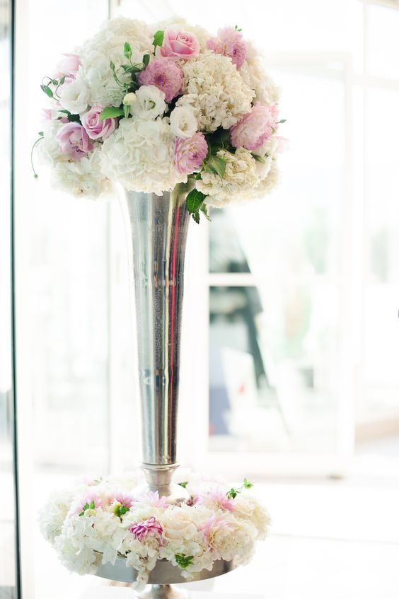 Art Deco, 1920's inspired flower stand for a wedding reception.