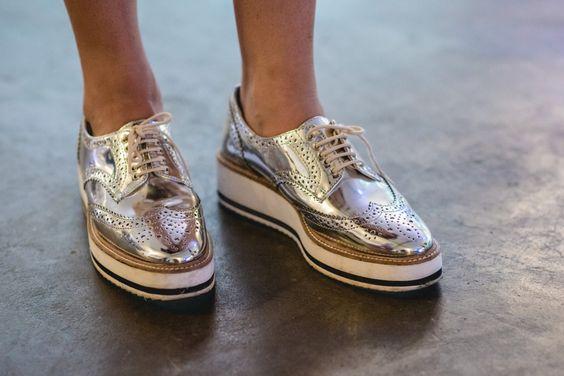 metallic oxford / Street style #SPFW: pézinhos fashionistas - Garotas Estúpidas - Garotas Estúpidas: