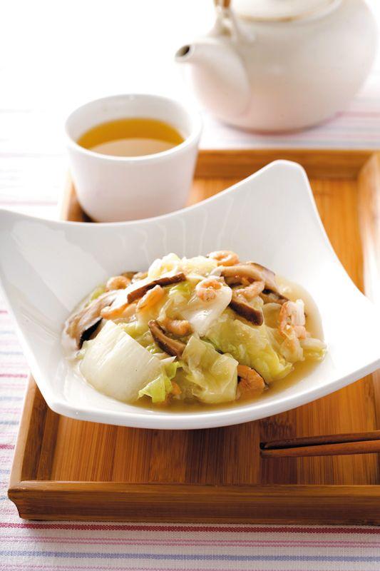 Stir-fried Napa Cabbage with Dried Shrimp and Mushroom | Taiwanese ...