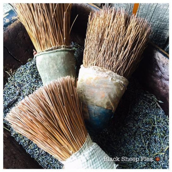Primitive Decorative Brushes...