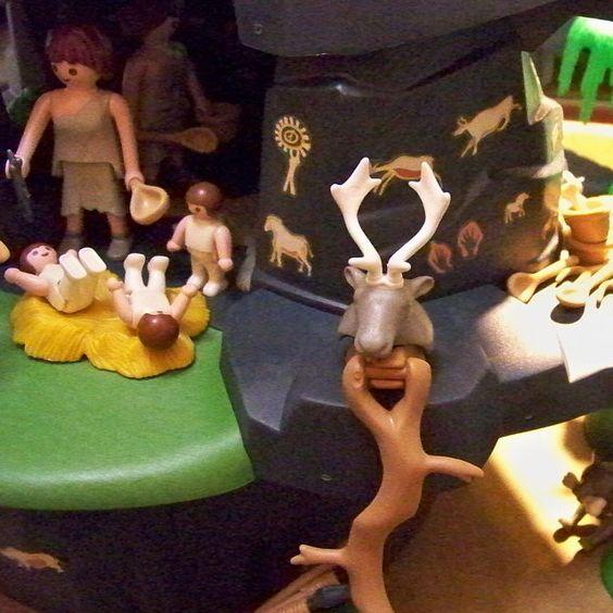 Onde tinham maior segurança de predadores naturais ... #stoneage #bonecorama #playmobil