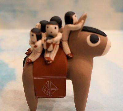 COCHITI PUEBLO POTTERY DONKEY STORYTELLER by VANGIE SUINA 6 CHILDREN