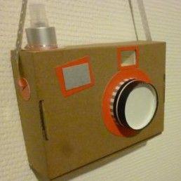 Ouistiti ! Le petit oiseau va sortir... un appareil photo en un tour de main !