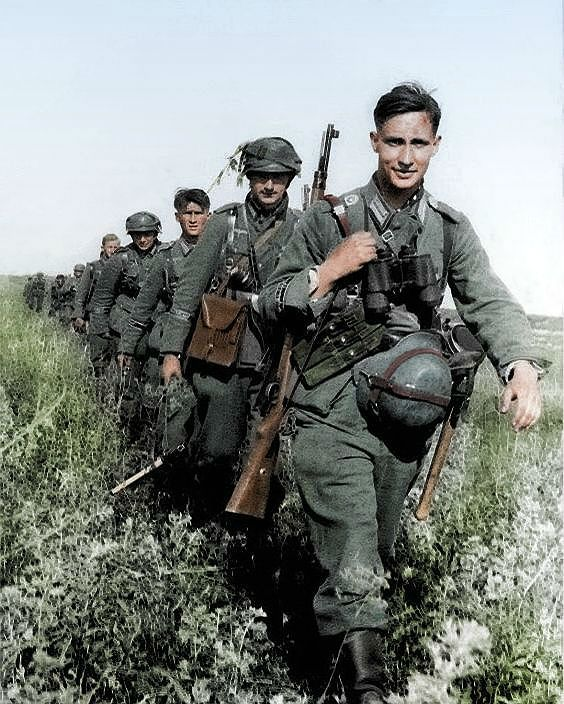Image result for ww2 German soldiers in colour