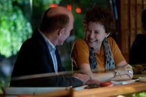 Check out the photos of Robin Williams, Ed Harris, Annette Bening, Amy Brenneman in The Face of Love.