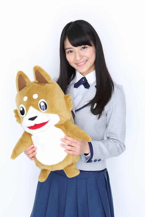 犬のぬいぐるみと織田奈那