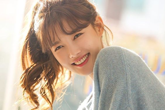 "Watch: Kim Yoo Jung Is Bright And Cheerful Behind The Scenes For ""Clean With Passion For Now"" Poster Shoot"